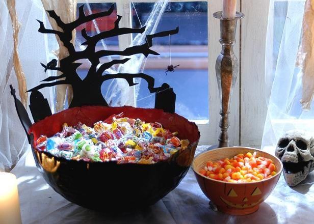 Papier-Mache y Pintado Bowls para Candy